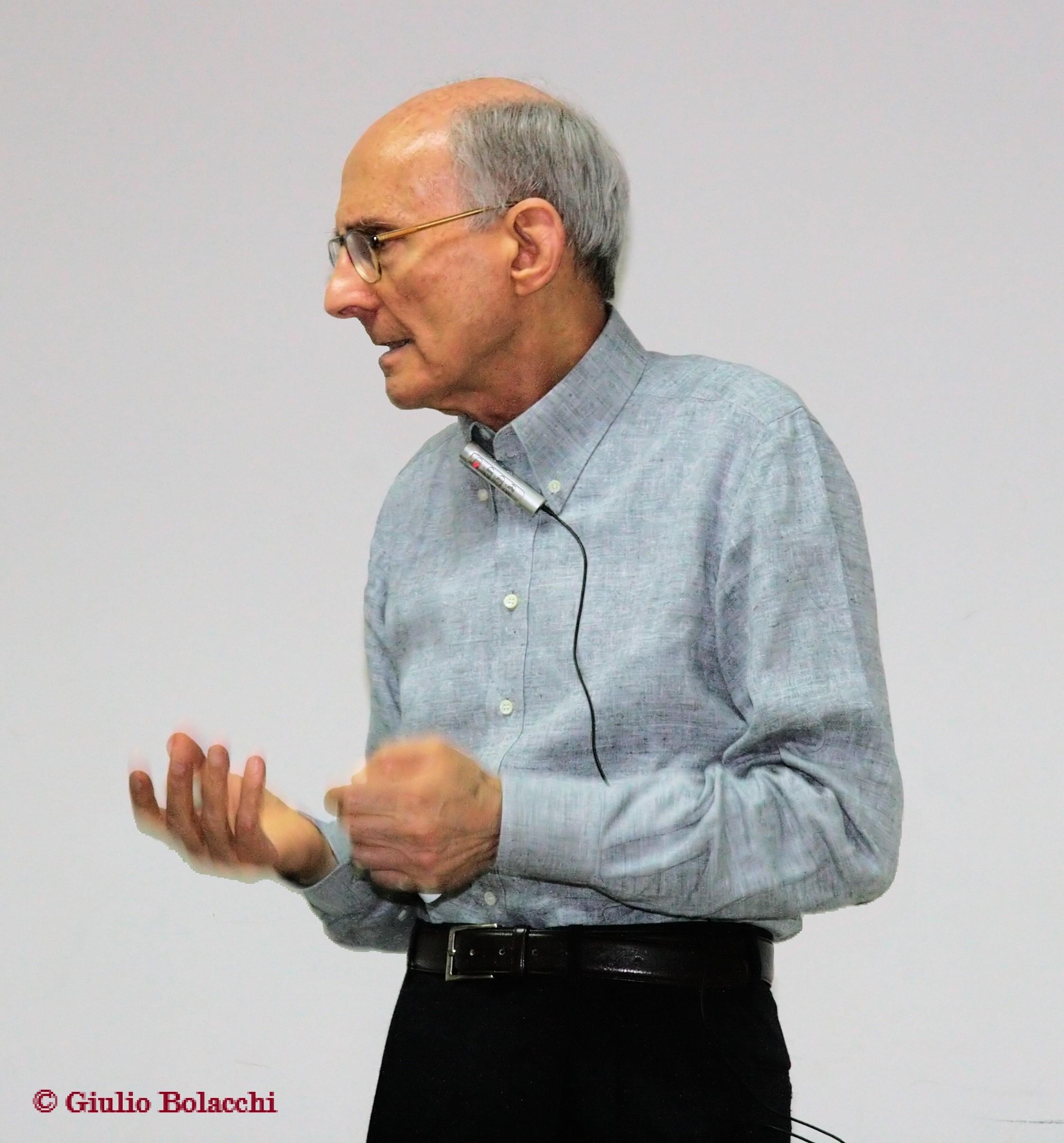Giulio Bolacchi presenta una ipotesi di integrazione delle discipline sociali fondata sulla scienza del comportamento